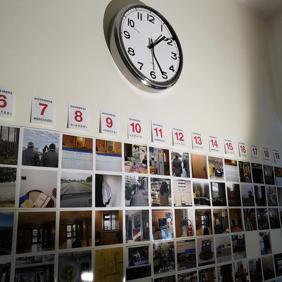 Camere separate / Un progetto di fotografia automatica